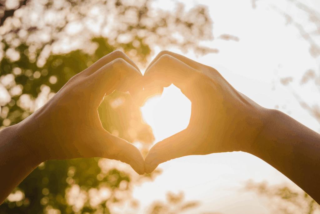 Sun heart hands